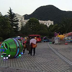 云南富源县黄泥河广场太空舱项目