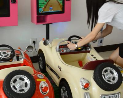 新款3D汽车摇摇车